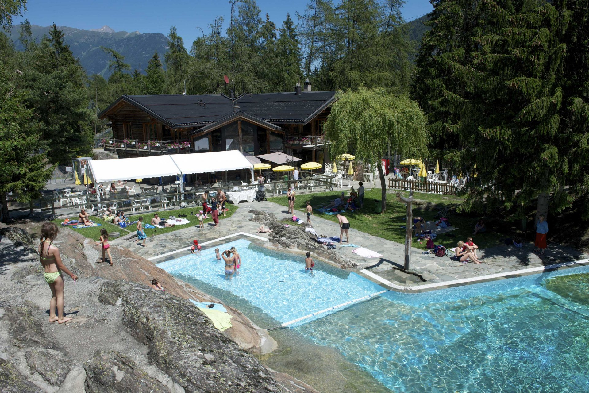 /UserFiles/File/Annuaire/annuaire_portails/Zoo-/Zoo-Piscine1.jpg
