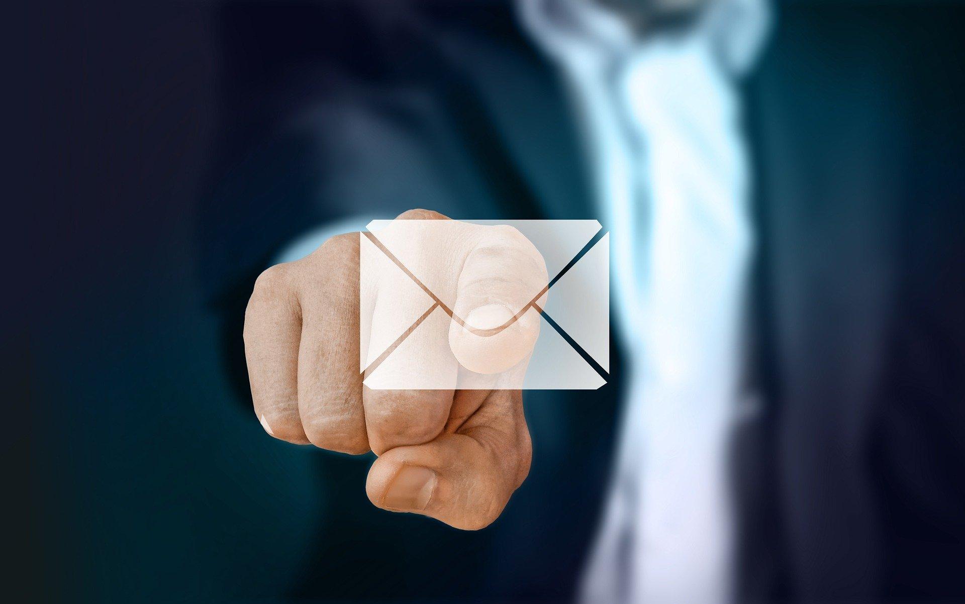 /UserFiles/File/Annuaire/annuaire_portails/busi/businessman-29569741920.jpg