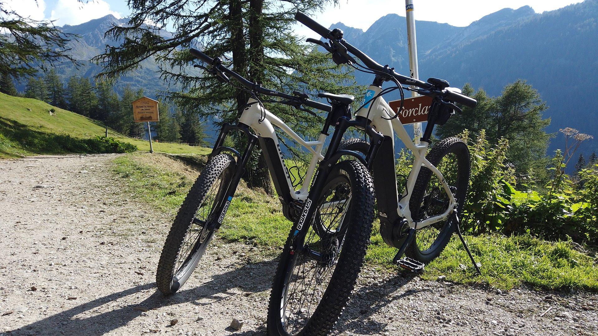 Location e-bikes - Kiosque du Col de la Forclaz