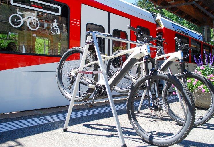 E-bike rental - Les Marécottes train station