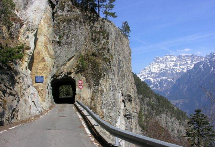Access and parking Vallon de Van